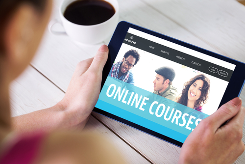 The Benefits of Online College Courses